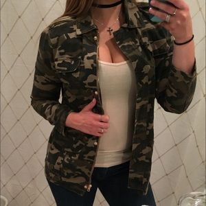 Camouflage jacket worn once